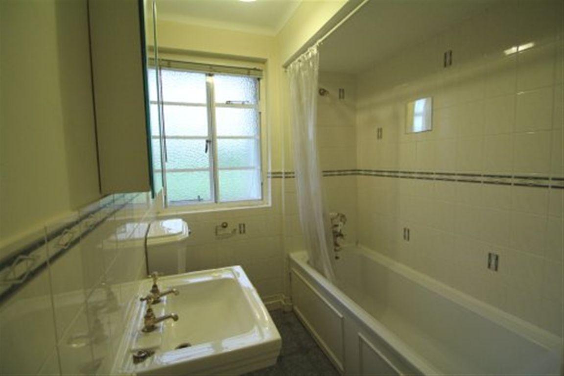 Rent A Room Cheltenham Zoopla