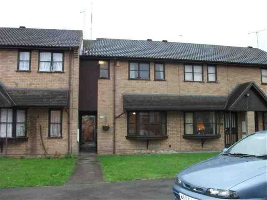 Wintern court gainsborough lincolnshire dn21 2 be for Modern house zoopla